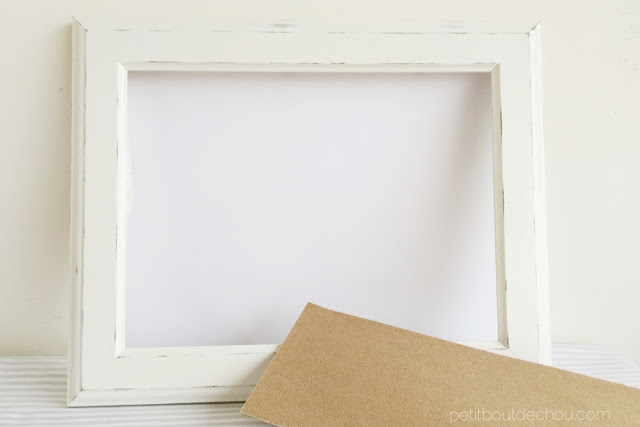 Prepare the frame with sanding paper