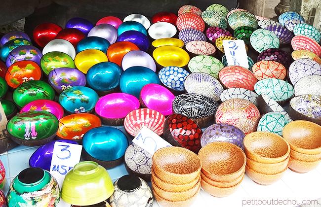 Hoi An Getaway: Lacquer coconut eggshell bowls