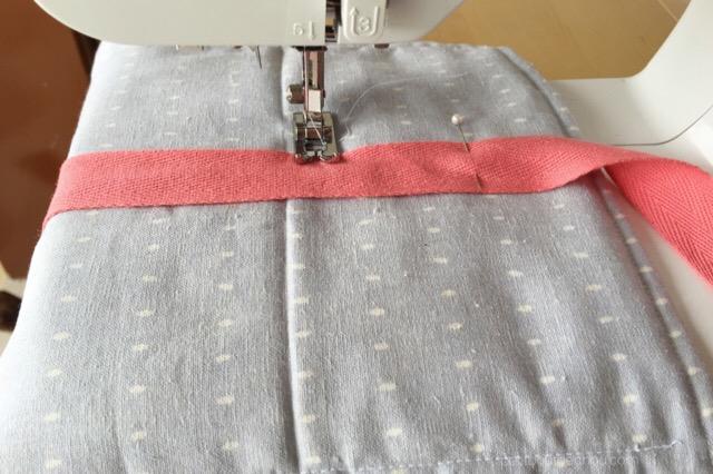 Install ribbon to fold mat