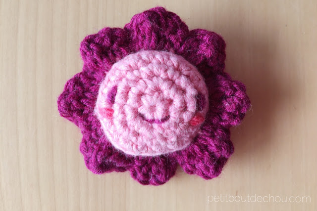 kawaii flower amigurumi pink