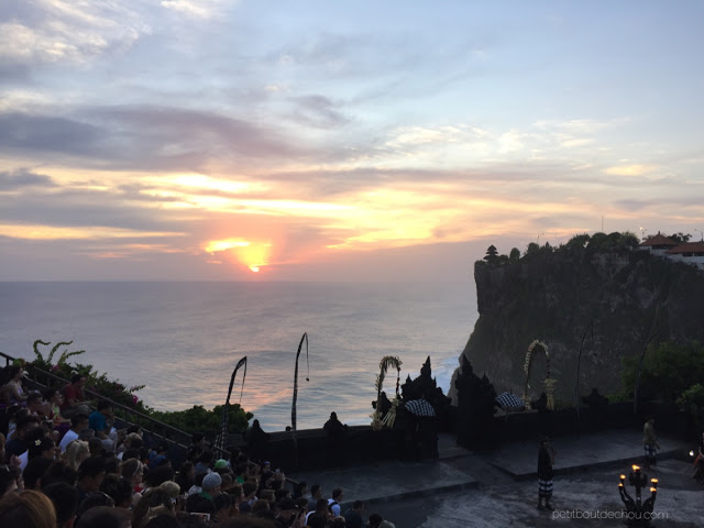 Kecak dance and sunset at Uluwatu temple