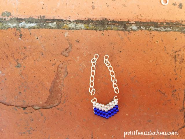 Chevron beaded in brick stitch with miyuki beads - chains