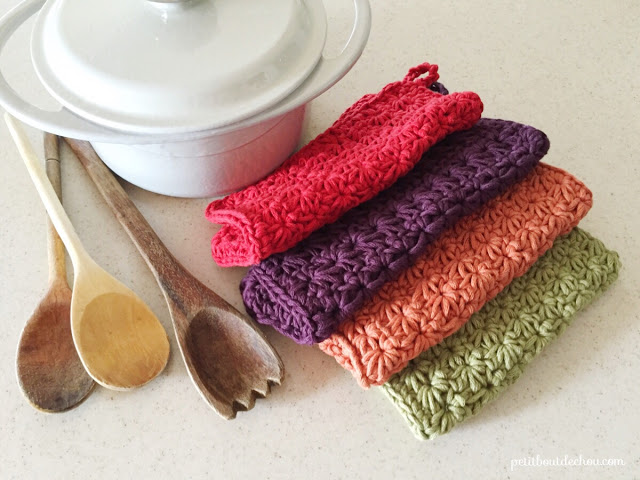 Star stitch crochet potholder