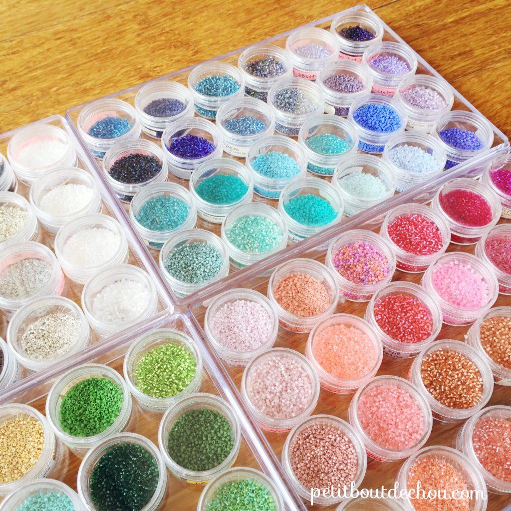 Circular transparent storage boxes for miyuki beads