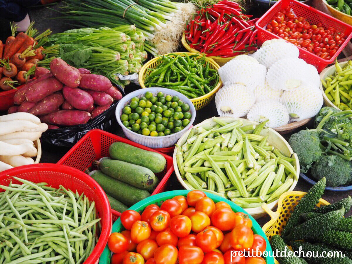 Dung Ba market - vegetables