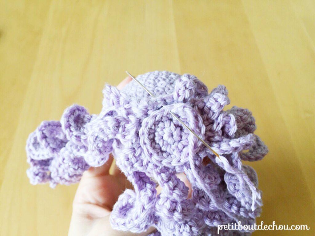 crochet octopus head closing