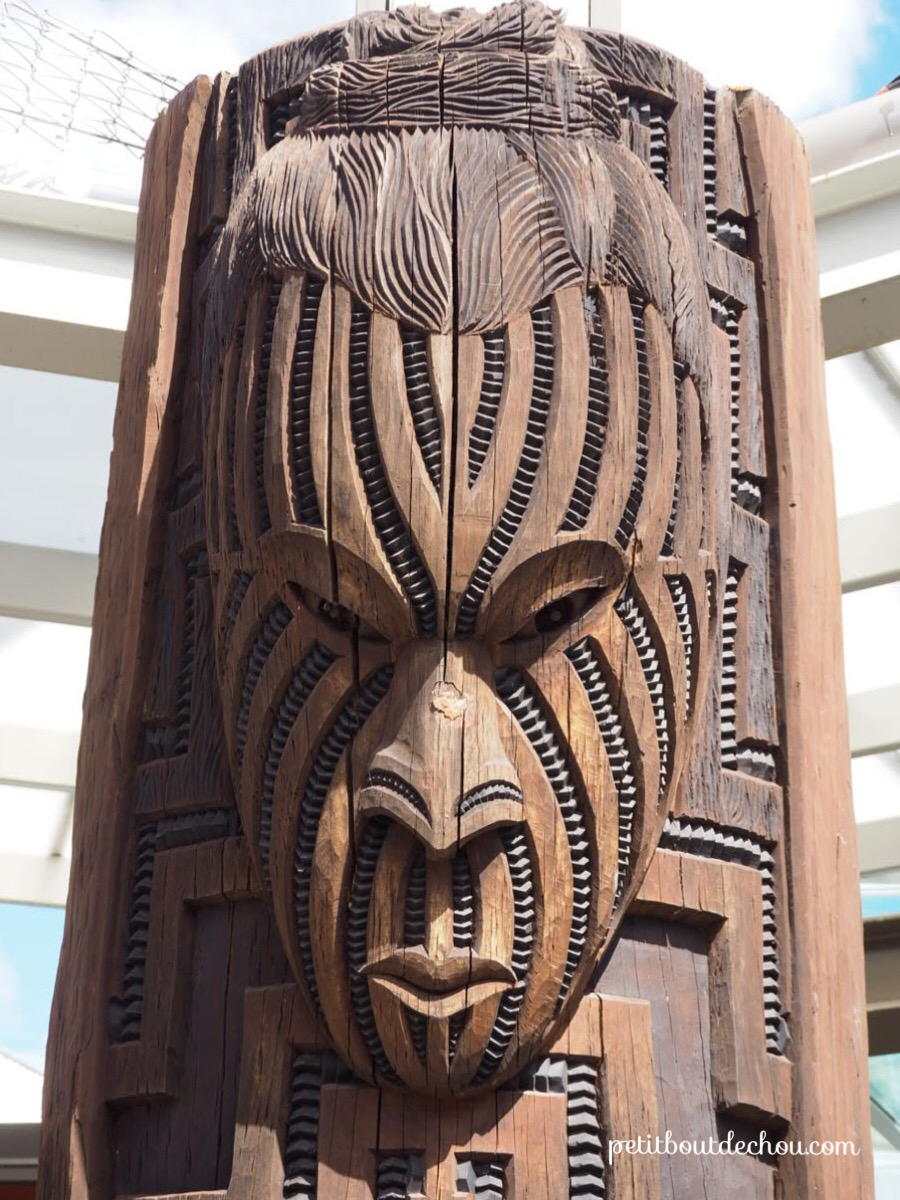 Mauri carving